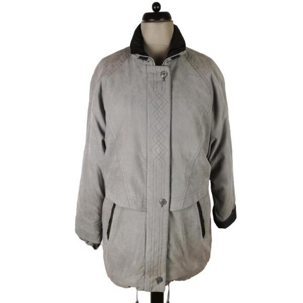 Szürke kabát