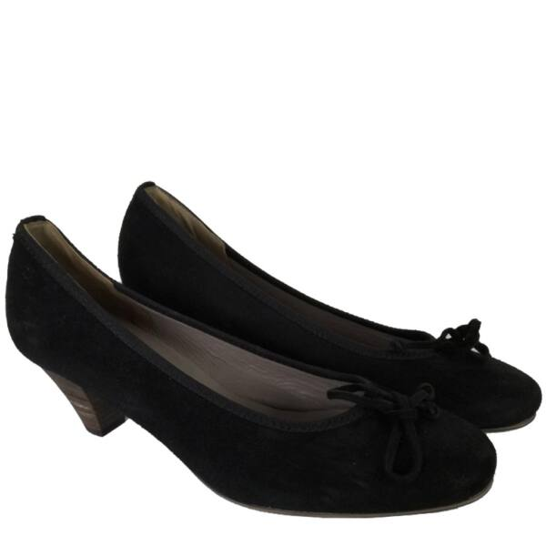 Velúr cipő, újszerű
