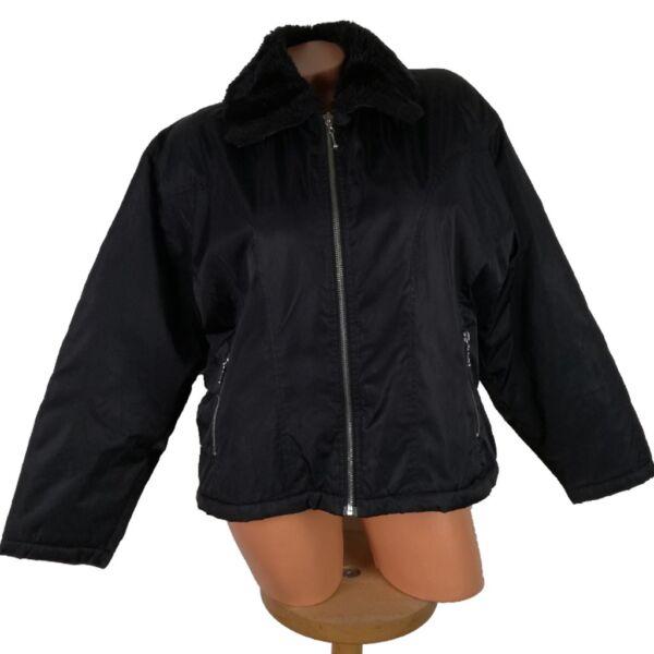 Rövid állású kabát