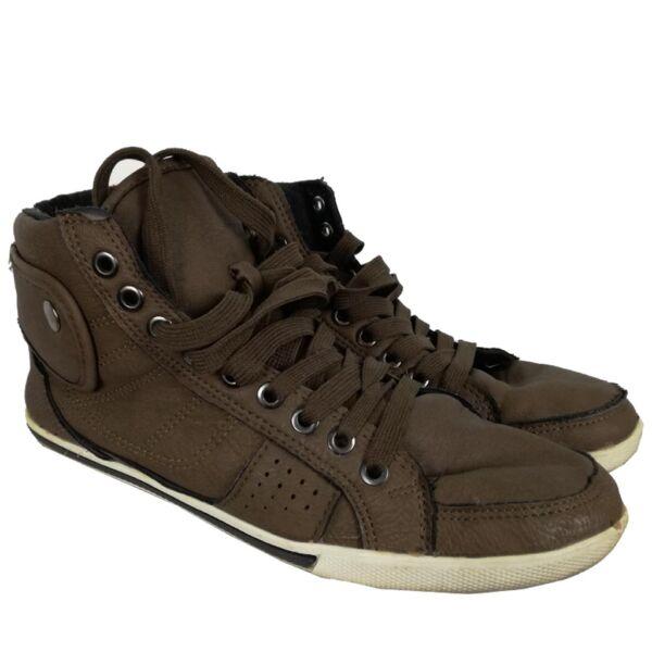 Műbőr bélelt cipő